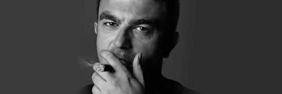 Gian Paolo Serino. Inginocchiamoci ai librai