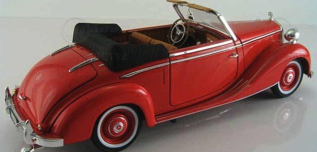 L'auto rossa