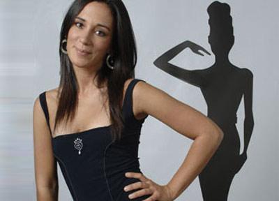 Deconstructing Chiara Gamberale – 2. Lo slogan per un nuovo corso politico: Cambia Capoverso