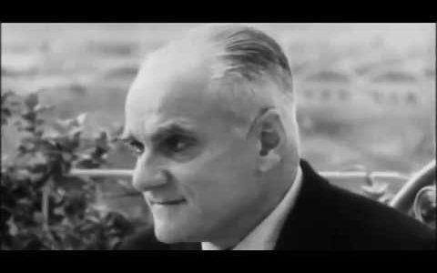 Pasolini intervista Moravia sul conformismo