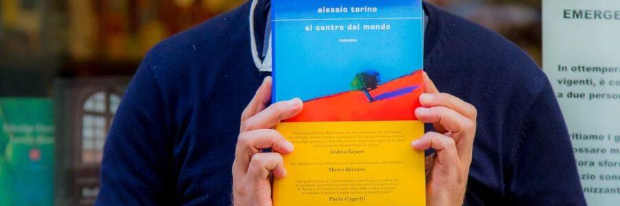 """Antonello Saiz racconta """"Al centro del mondo"""" di Alessio Torino"""